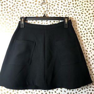 URBAN OUTFITTERS black circle skirt SIZE 0